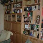 Könyvesszekrény 2